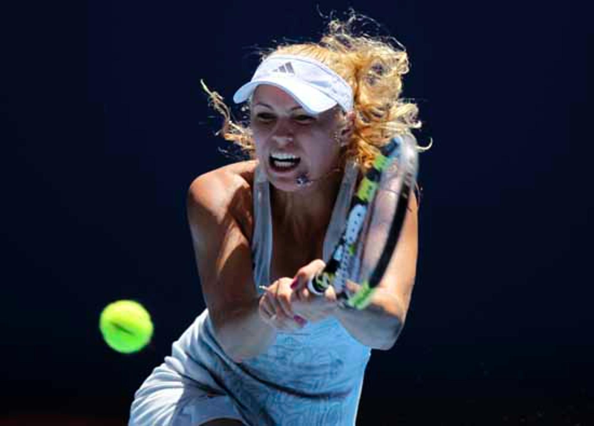 Ohne Slip Tennis Spielen