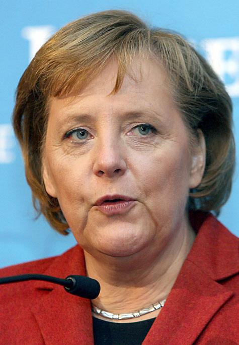 Angela Merkel Entspannt Im Urlaub In Südtirol Politik