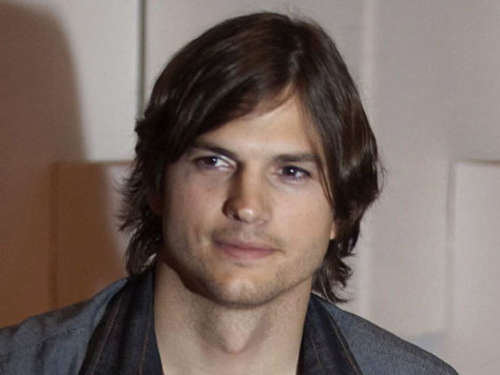 Ashton Kutcher kauft Villa in Hollywood