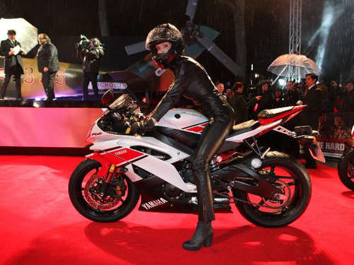 Movie Star: Yamaha YZF-R6